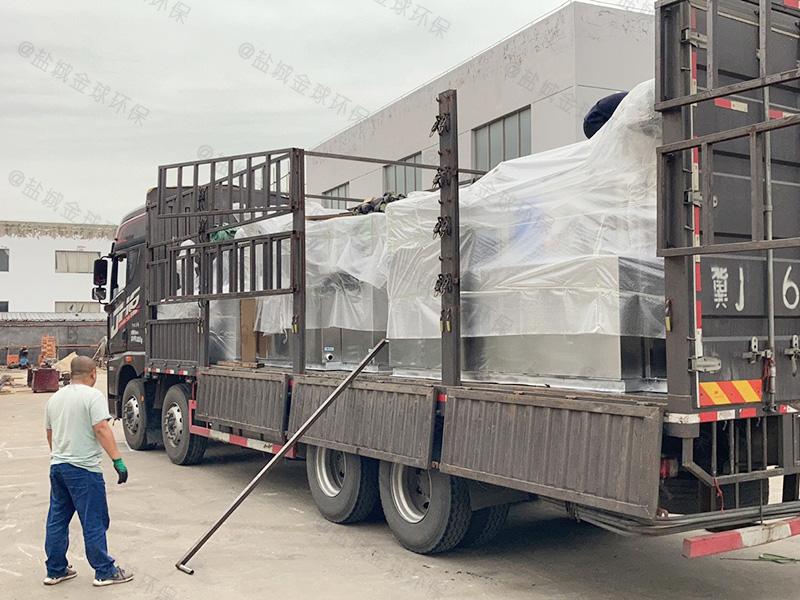 济宁小区厨房下水隔油提升装置排放
