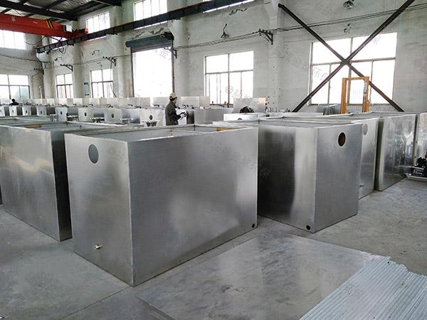 商场密闭式混凝土油水分离器与隔油池为什么用三通